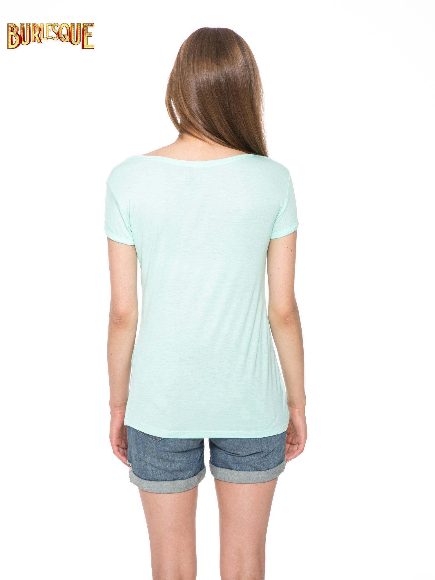 Zielony t-shirt z napisem FOREVER i nadrukiem tygrysa                                  zdj.                                  4