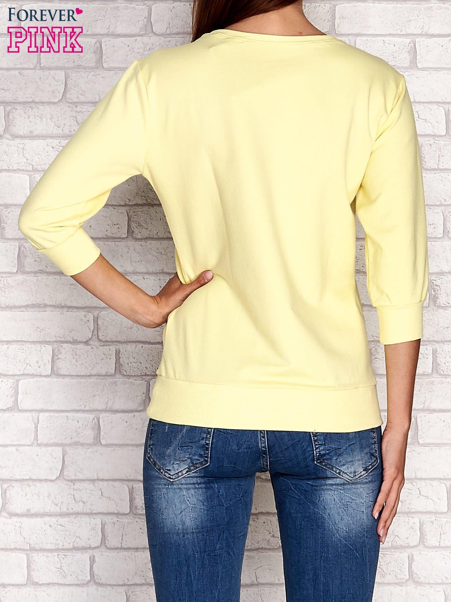 Żółta bluza z nadrukiem pandy                                  zdj.                                  4