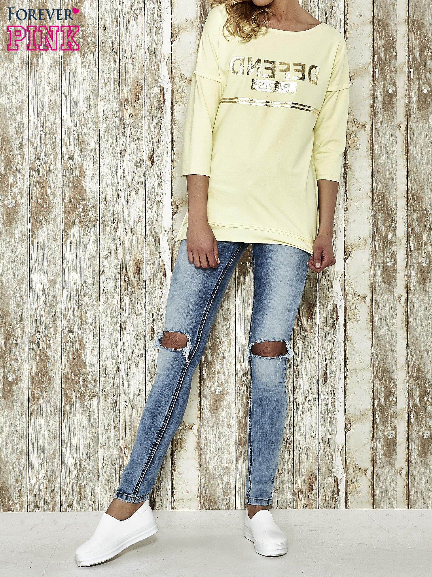 Żółta bluza ze złotym napisem i suwakiem                                  zdj.                                  2
