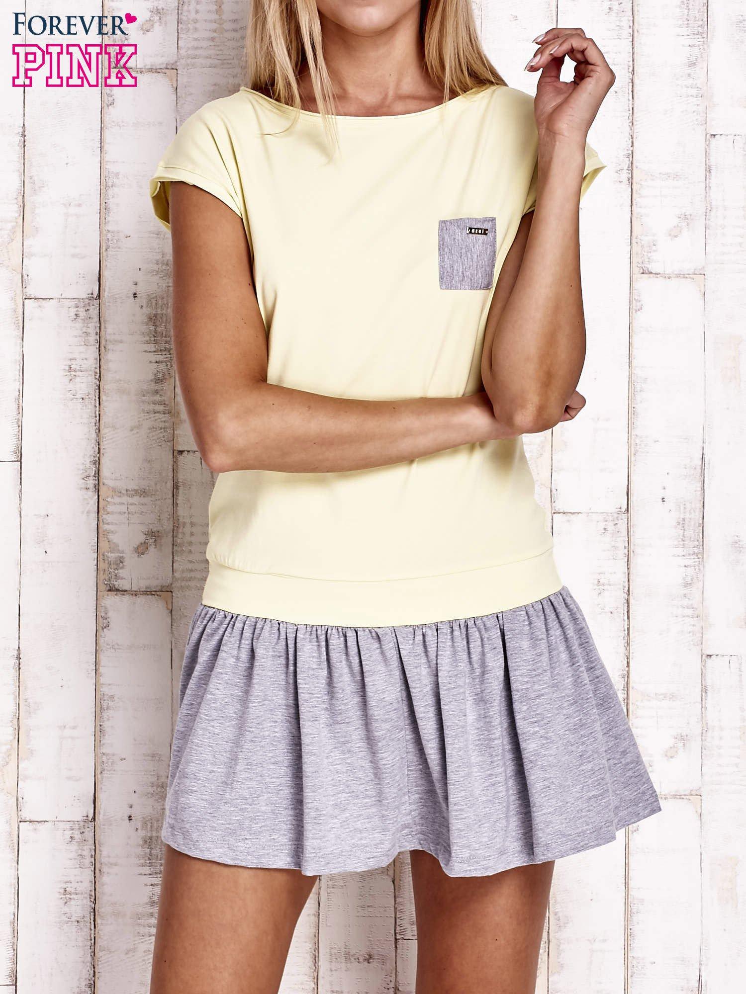 Żółta dresowa sukienka tenisowa z kieszonką                                  zdj.                                  1
