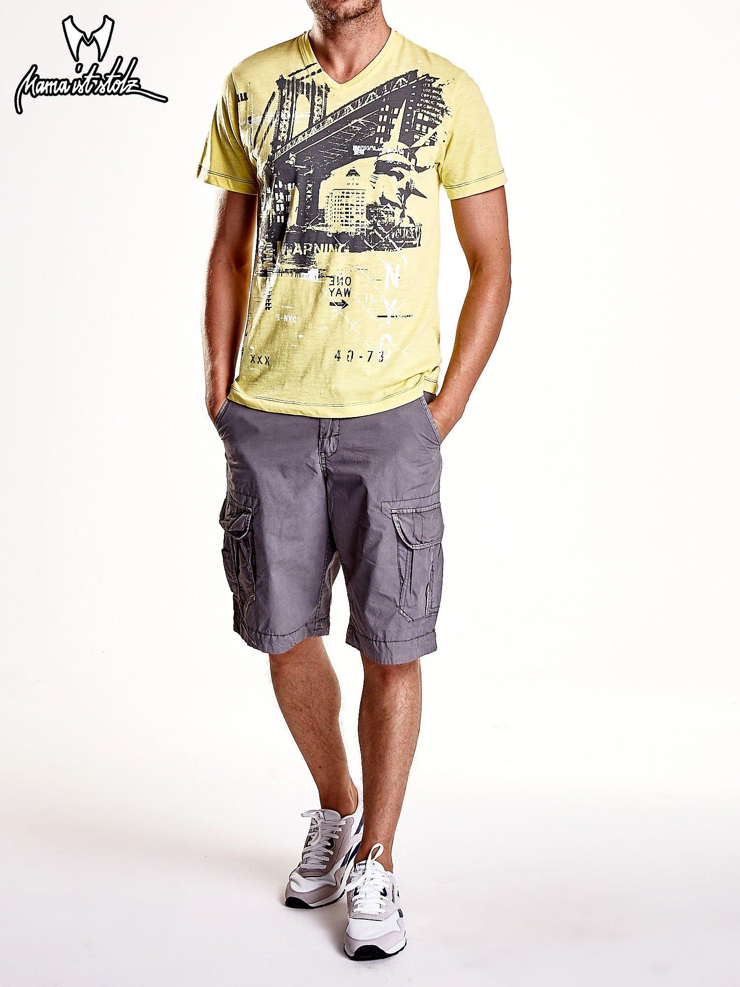 Żółty t-shirt męski z miejskim nadrukiem                                  zdj.                                  8