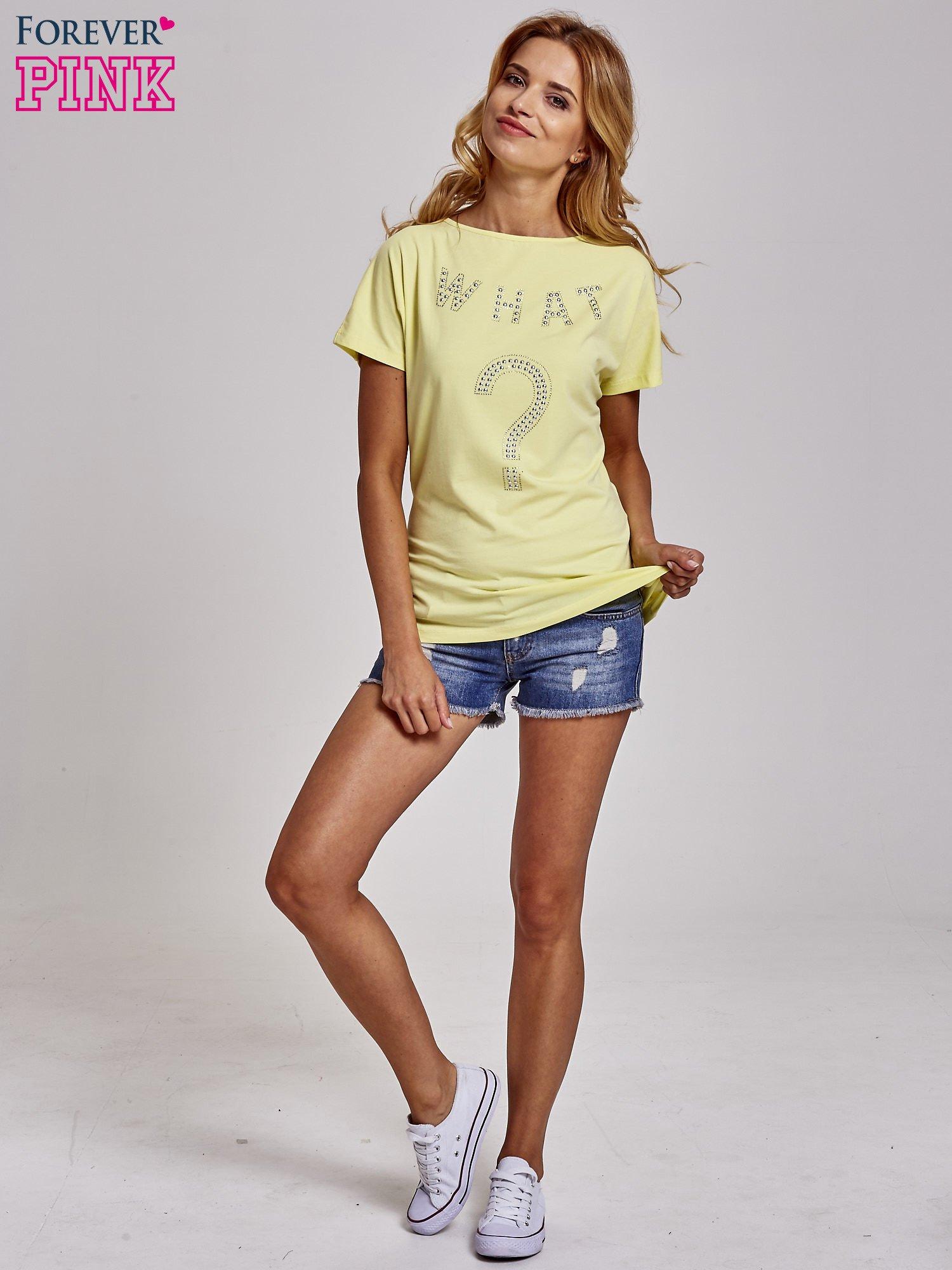 Żółty t-shirt z aplikacją z dżetów WHAT?                                  zdj.                                  4