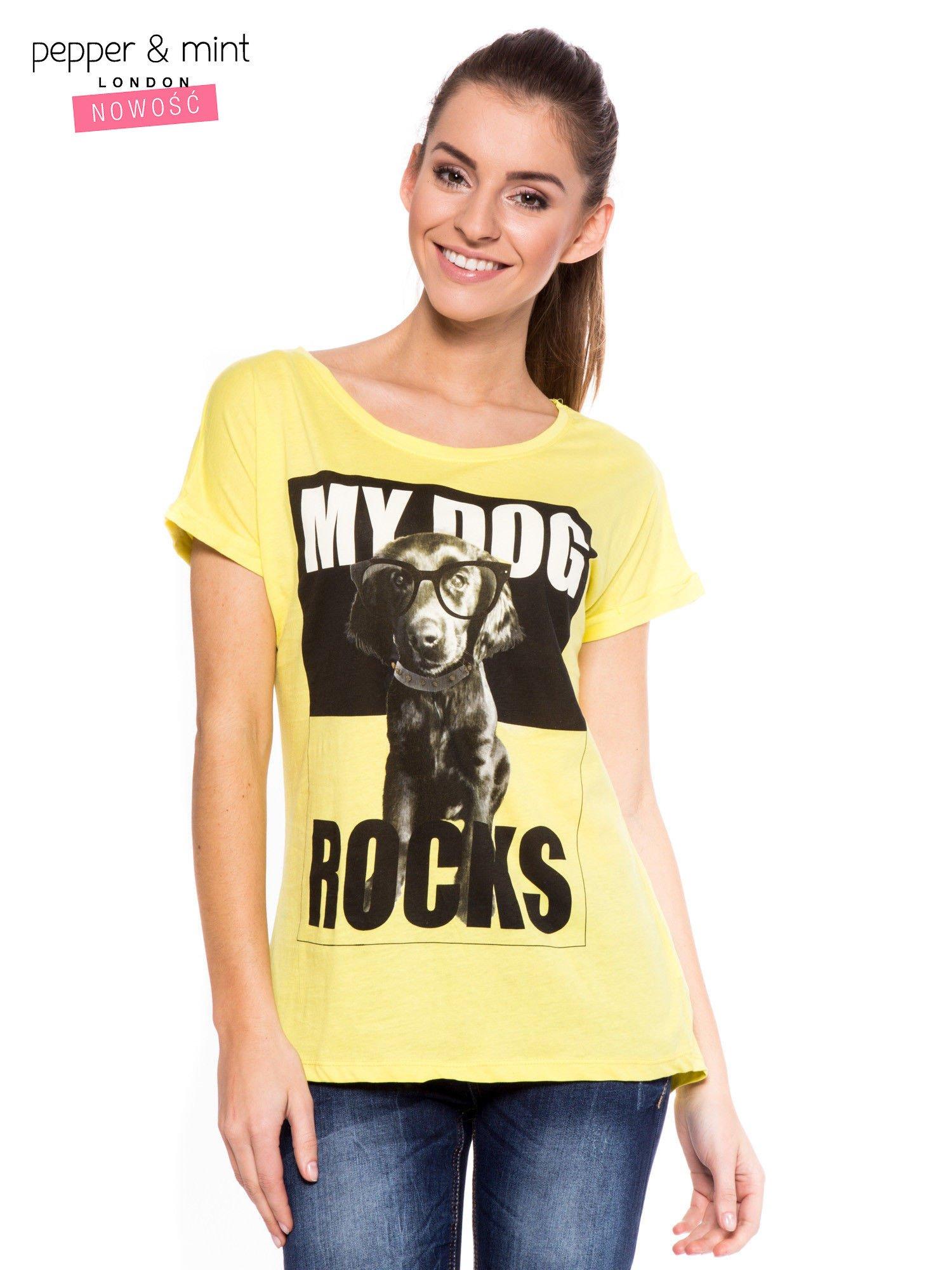 Żółty t-shirt z nadrukiem psa w nerdach                                  zdj.                                  1