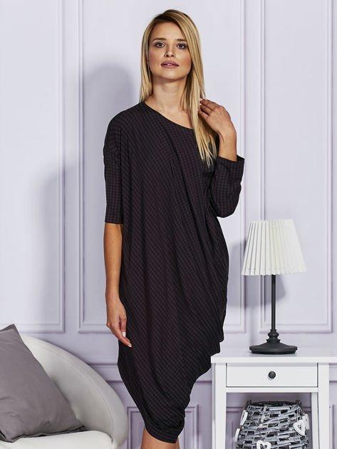 Asymetryczna sukienka w kratkę czarna                                  zdj.                                  1