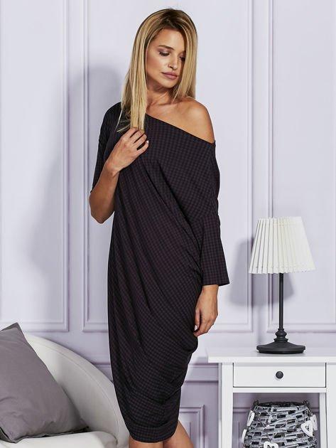 Asymetryczna sukienka w kratkę czarna                                  zdj.                                  3