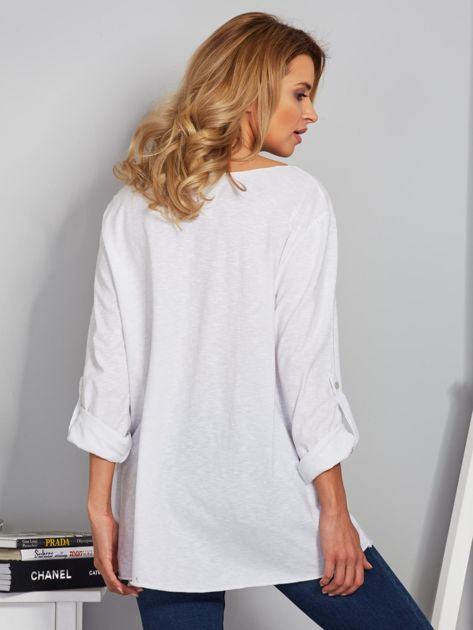 Bawełniana bluzka w łódkę z kieszenią biała                                  zdj.                                  2