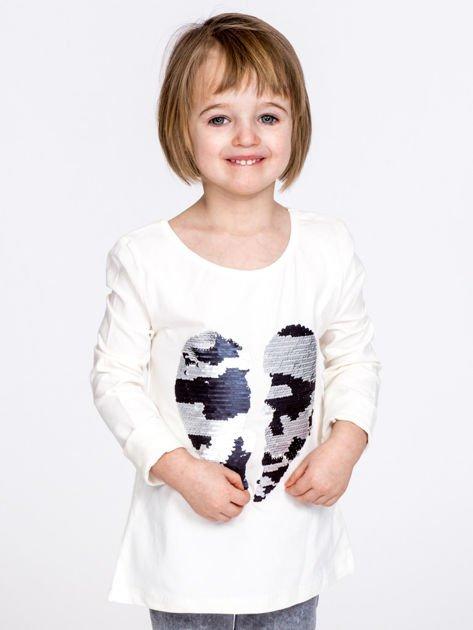 Bawełniana ecru bluzka dziewczęca z cekinowym sercem                              zdj.                              1