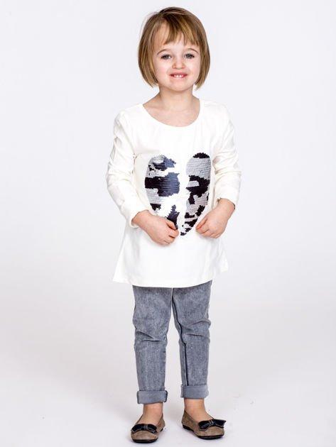 Bawełniana ecru bluzka dziewczęca z cekinowym sercem                              zdj.                              5