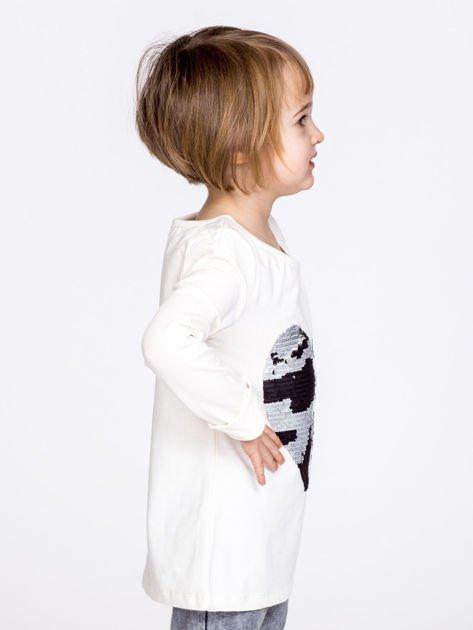Bawełniana ecru bluzka dziewczęca z cekinowym sercem                              zdj.                              4