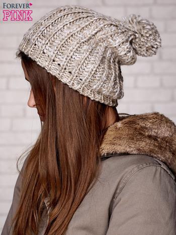 Beżowa czapka z melanżową nicią                                  zdj.                                  2