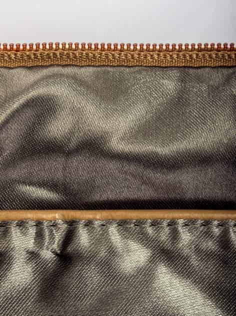 Beżowa kopertówka z dżetami napis LUCY WORLD                                  zdj.                                  7