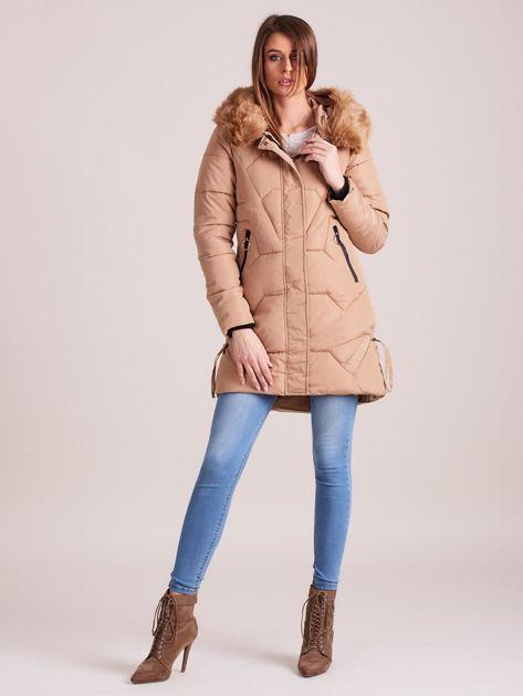 Beżowa pikowana kurtka na zimę                              zdj.                              4