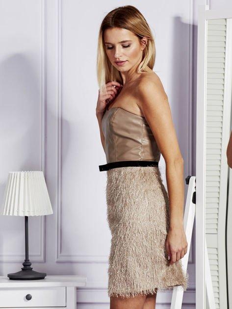 Beżowa sukienka z frędzelkami                               zdj.                              5