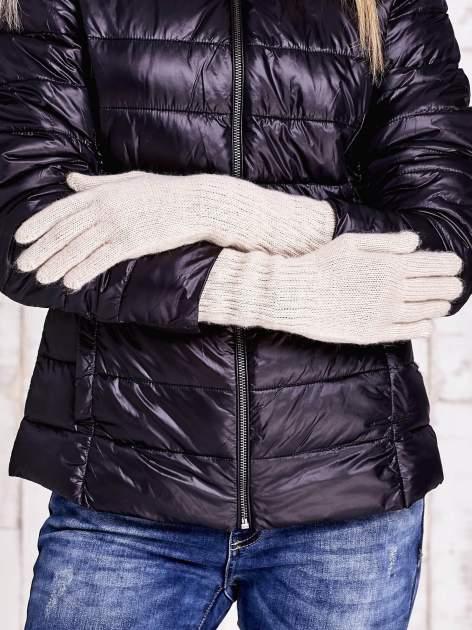 Beżowe długie rękawiczki z drapowanym rękawem                                  zdj.                                  2