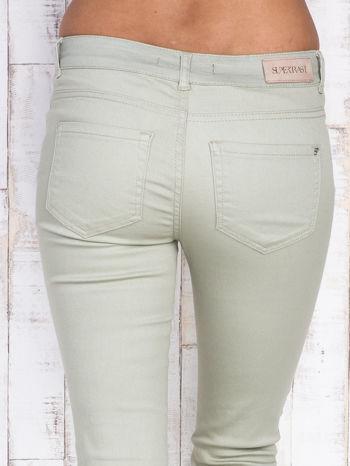 Beżowe proste spodnie skinny                                  zdj.                                  4