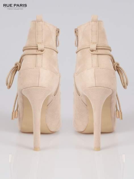 Beżowe wiązane botki faux suede Elsa lace up                                  zdj.                                  3