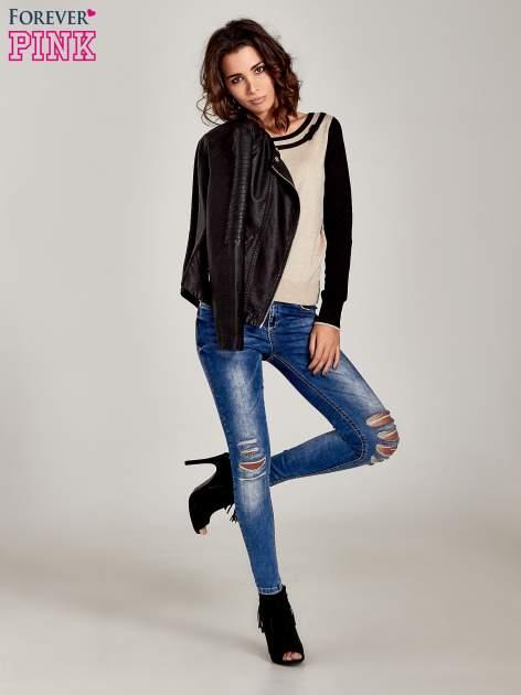 Beżowo-czarny sweter z ozdobnym dekoltem w łódkę                                  zdj.                                  2