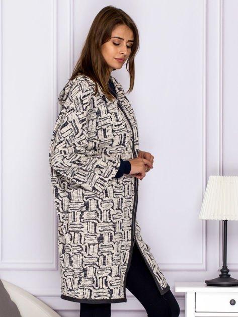 Beżowo-szary wzorzysty sweter z kapturem                              zdj.                              3