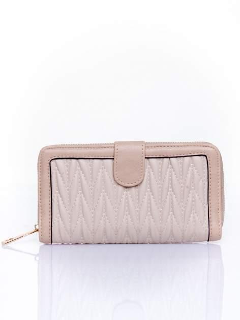 Beżowy pikowany portfel ze złotym suwakiem                                  zdj.                                  1