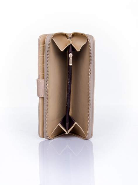 Beżowy pikowany portfel ze złotym suwakiem                                  zdj.                                  5
