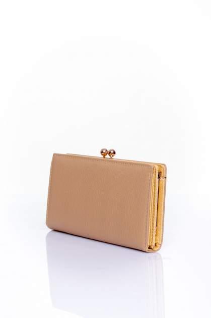 Beżowy portfel z biglem efekt saffiano                                   zdj.                                  2
