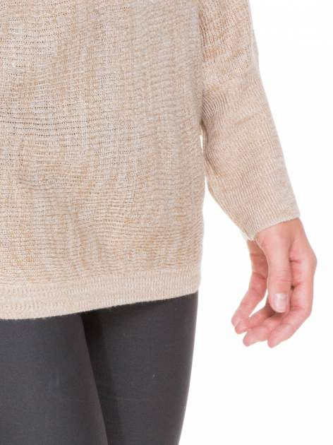 Beżowy sweter z nietoperzowymi rękawami                                  zdj.                                  7