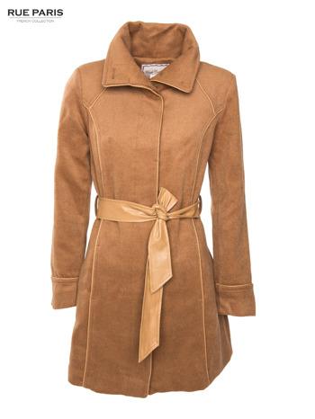 Beżowy wełniany płaszcz ze skórzanym paskiem                                  zdj.                                  4