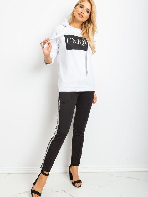 Biała bluza Unique                              zdj.                              4