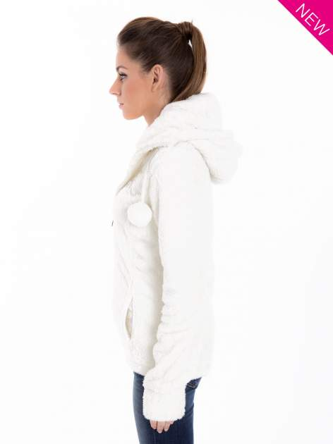 Biała bluza polarowa z kapturem z pomponikami                                  zdj.                                  5
