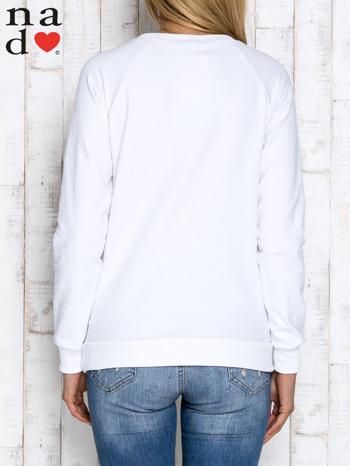 Biała bluza z dwustronną naszywką z cekinów                                  zdj.                                  4