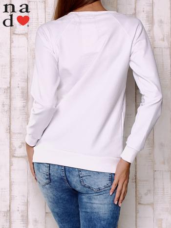 Biała bluza z motywem dłoni                                  zdj.                                  5