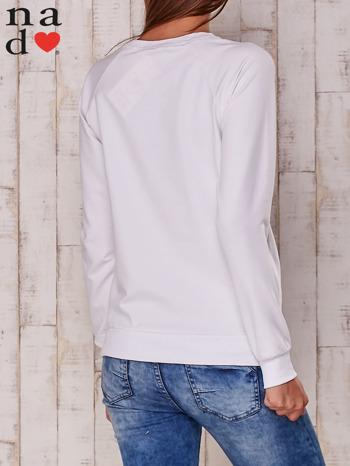 Biała bluza z nadrukiem serca                                  zdj.                                  3