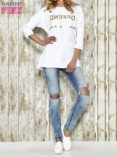 Biała bluza ze złotym napisem i suwakiem                                  zdj.                                  1