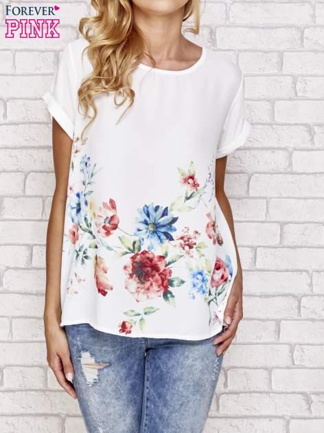 Biała bluzka koszulowa z nadrukiem kwiatów                                  zdj.                                  1