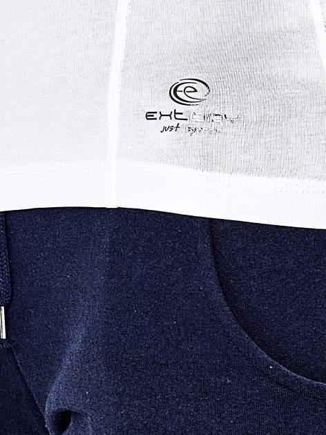 Biała bluzka sportowa z dekoltem U                                  zdj.                                  6