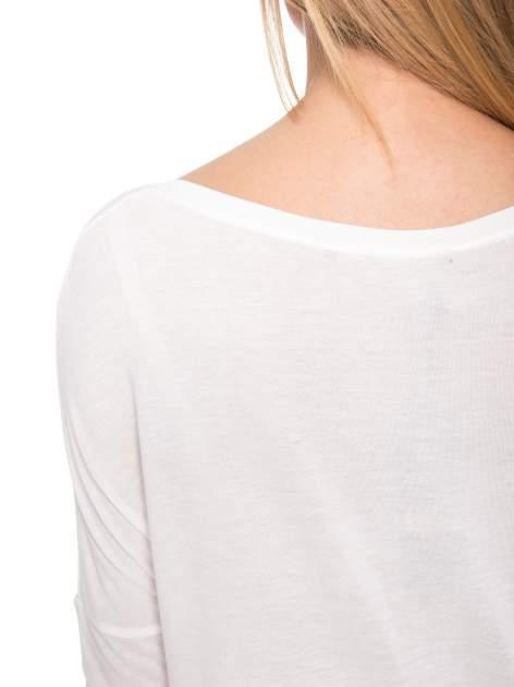Biała bluzka z dużym napisem MUSE                                  zdj.                                  11