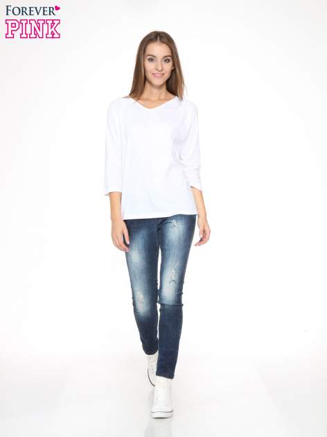 Biała bluzka z marszczonym dekoltem i rękawkami 3/4                                  zdj.                                  2