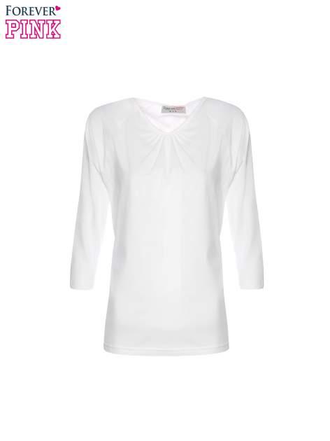 Biała bluzka z marszczonym dekoltem i rękawkami 3/4                                  zdj.                                  5