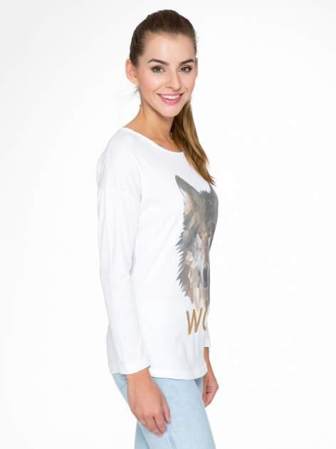 Biała bluzka z nadrukiem wilka i brokatowym napisem WOLF                                  zdj.                                  3