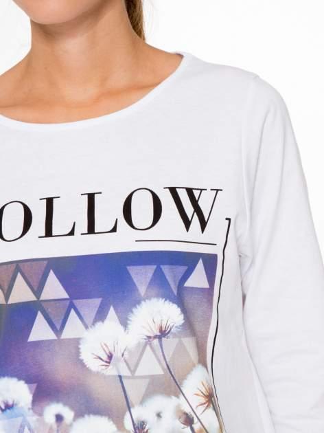 Biała bluzka z napisem FOLLOW YOUR DREAMS                                  zdj.                                  5
