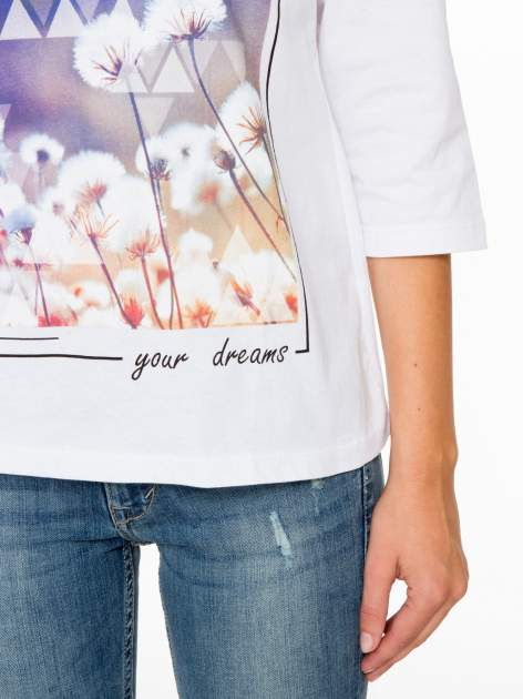 Biała bluzka z napisem FOLLOW YOUR DREAMS                                  zdj.                                  7