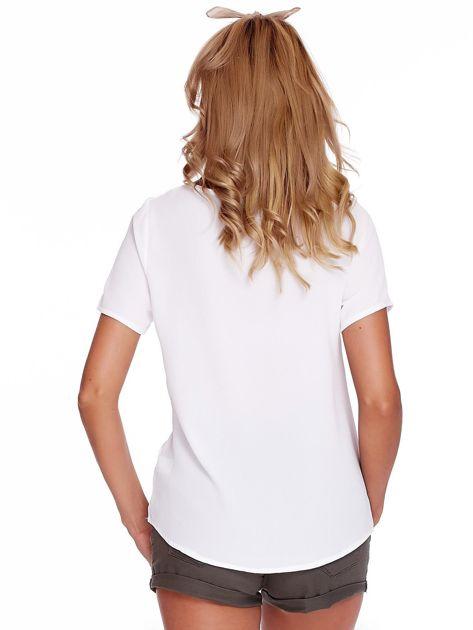 Biała bluzka z paseczkami                              zdj.                              2