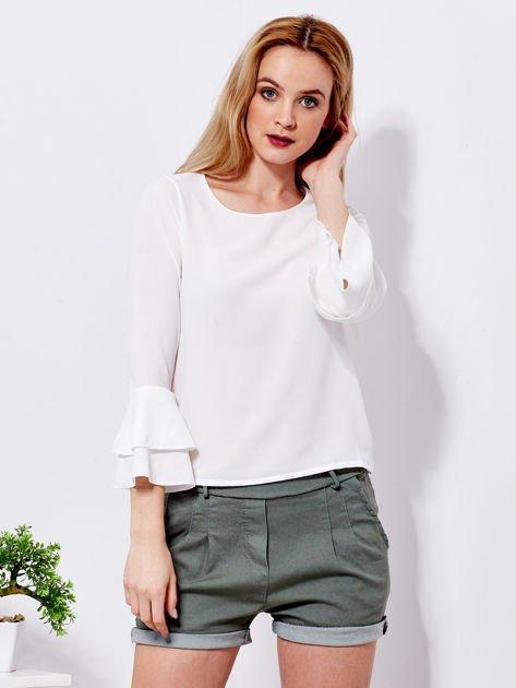 Biała bluzka z rozszerzanymi rękawami                                  zdj.                                  1