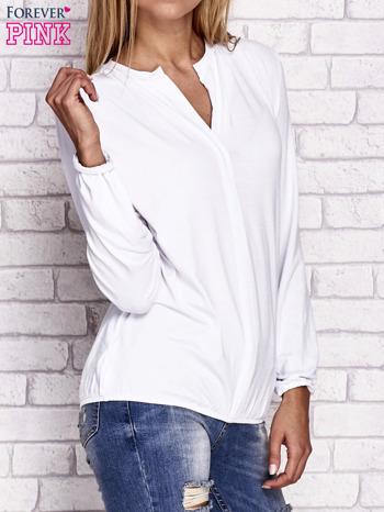 Biała bluzka ze ściągaczem na dole                                  zdj.                                  3