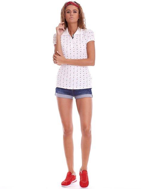 Biała damska koszulka polo w serduszka                              zdj.                              4