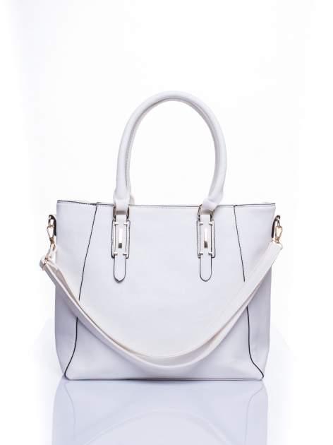 Biała fakturowana torba z odpinanym paskiem                                  zdj.                                  1
