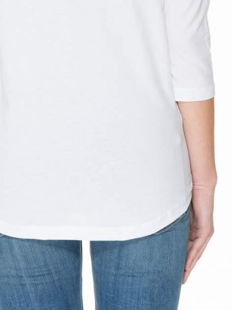 Biała gładka bluzka z łezką z tyłu                                  zdj.                                  6
