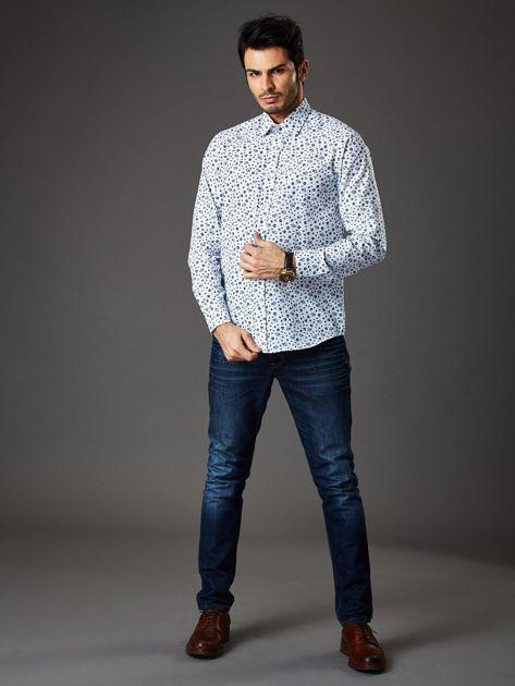 Biała koszula męska regular fit w roślinny wzór                              zdj.                              4
