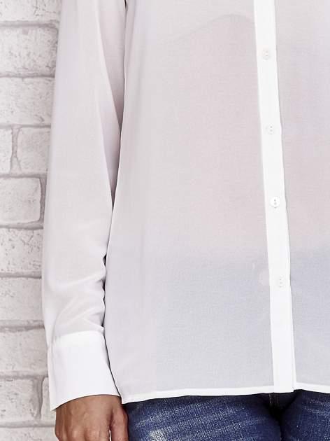 Biała koszula mgiełka z ozdobnym obszyciem                                  zdj.                                  5