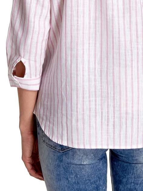 Biała koszula w jasnoróżowe prążki z aplikacją na kołnierzyku                                  zdj.                                  7